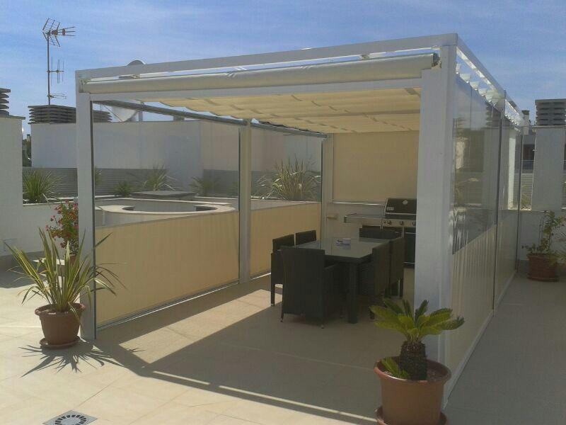 Toldos en mallorca alumiglass for Cierres de aluminio para terrazas